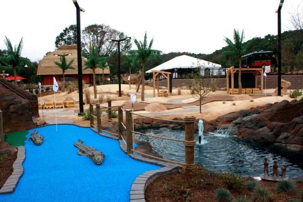Essex County Turtle Back Zoo – Mini Golf