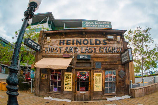 Heinold's First & Last Chance Saloon
