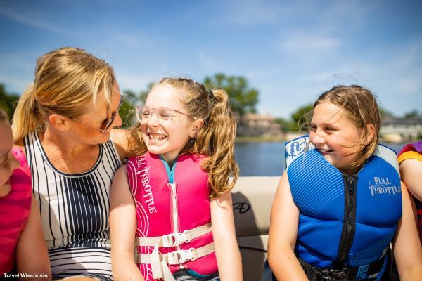 Boating on Lake Winnebago