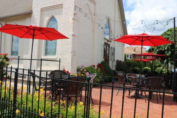 Outdoor Seating at Victor's Italian Restaurant.