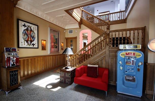 Retro suites lobby