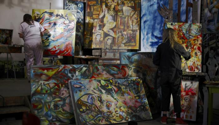 Baker Sisters artwork in Napa Valley