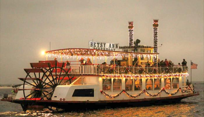 Betsy Ann Riverboat Christmas