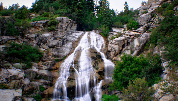 6 Hikes in Utah Valley You've Probably Never Heard Of - Horsetail Falls