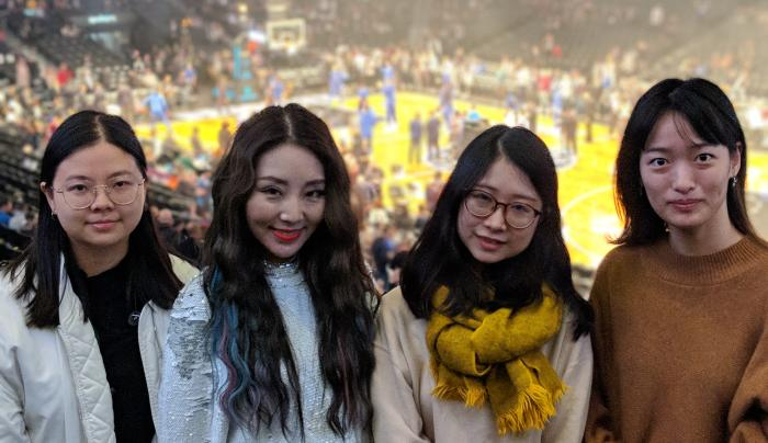 Brooklyn Nets with Local Fans (Chinese Audience)