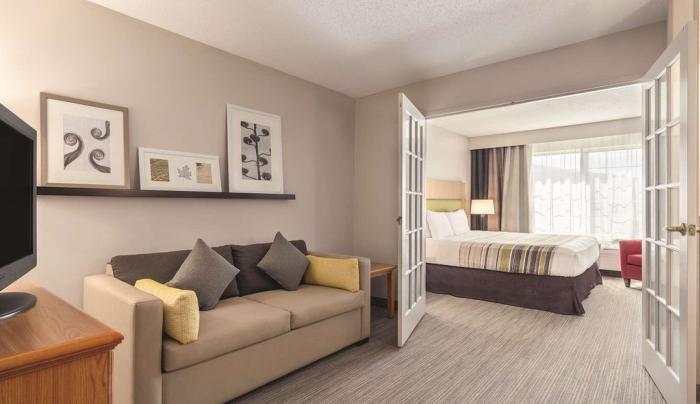 Room at Country Inn & Suites by Raddison