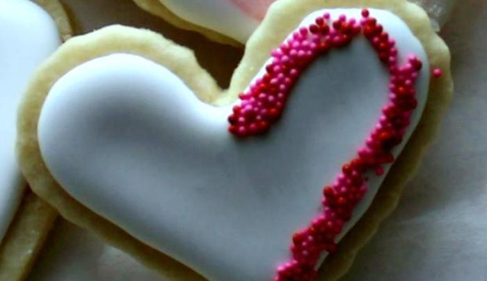 Heart-Shaped-Cookie-Baked-With-Love-At-The-Cobblestone-Cottage-Bed-And-Breakfast