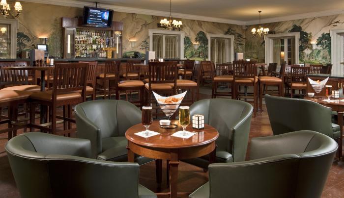 Putnam's bar.jpg