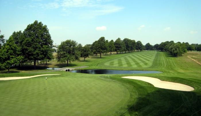 eisenhower park_red course.jpg