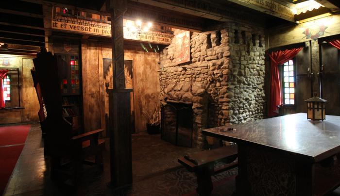 Casey's Cottage Interior