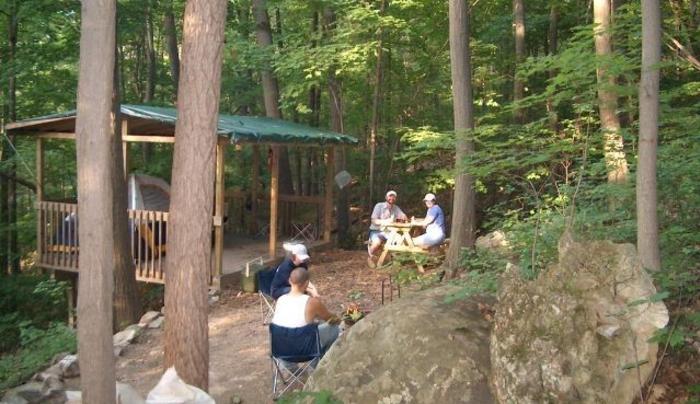 HPIM0743_campers.JPG