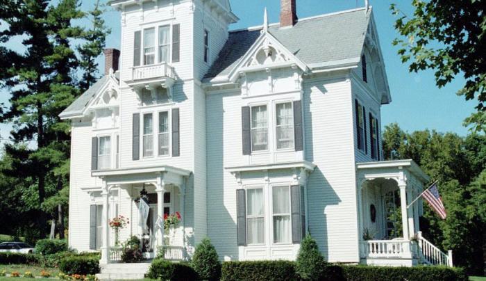 Sugar Hill Manor.JPG