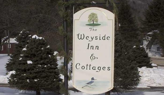 The Weyside Inn & Cottages