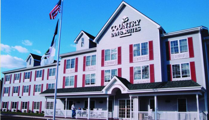 Country Inn, Suites.tif