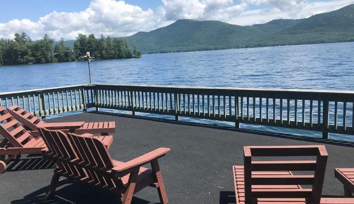 Family-friendly waterfront retreat #400-2