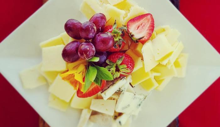 Regional Cheese & Cracker Plate