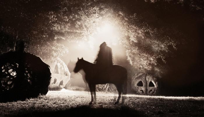 Headless Horseman Hayride & Haunted House