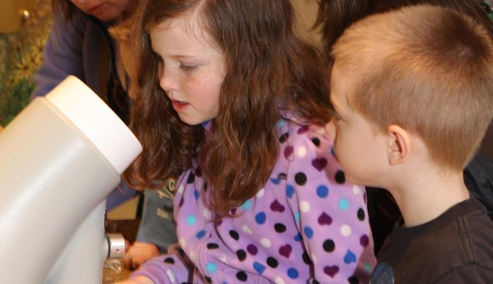 Albany Pine Bush kids with microscope