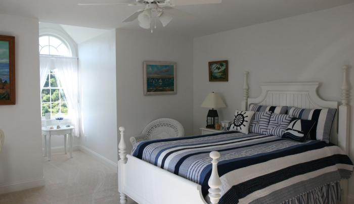 The relaxing Sailaway Room at Another World B&B