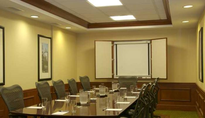 Hilton Garden Inn Melville Boardroom