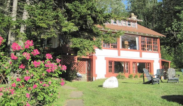 Brian's Lake House