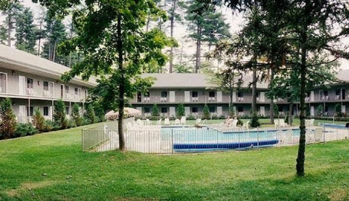 Clinton Inn Resort