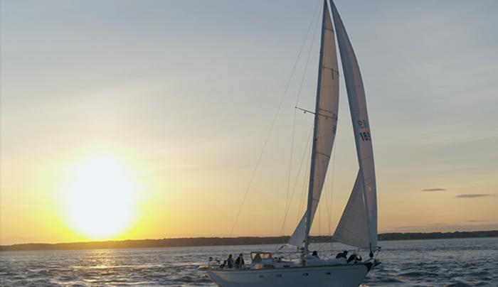 Layla Sailing