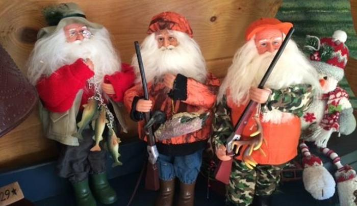 Diastole country Gifts - 3 Santas