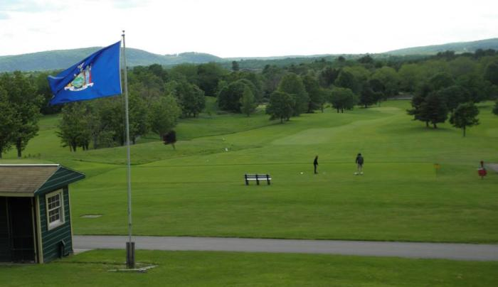 Dinsmore Golf summer