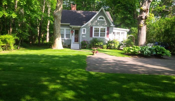Cottage3.jpg