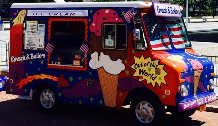 Emack & Bolio's - food truck