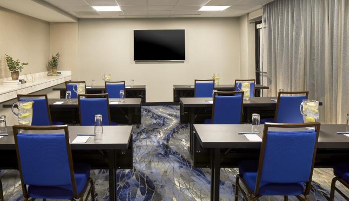 FF_ALBFY_Meeting_Classroom