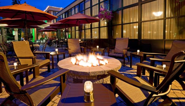 Fire pit at Bookmakers at Holiday Inn
