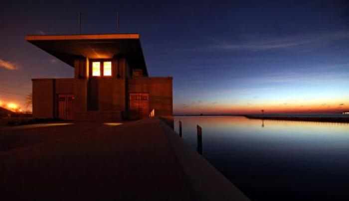 Frank Lloyd Wright's Fontana Boathouse