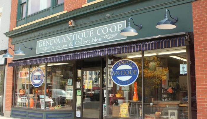 Front entrance to Geneva Antique Co-op