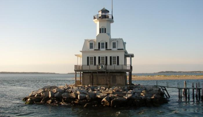 Greenport Lighthouse and Seal Watching Cruise
