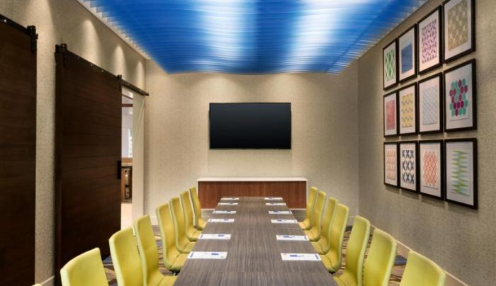 STOCK Holiday Inn Express Oneonta Conference Room