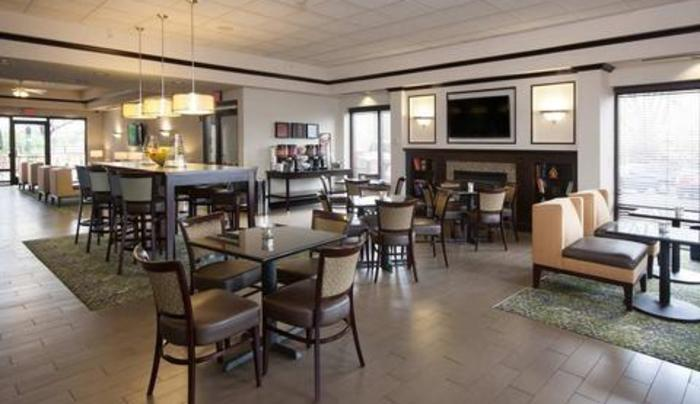 Hampton Inn Buffalo South