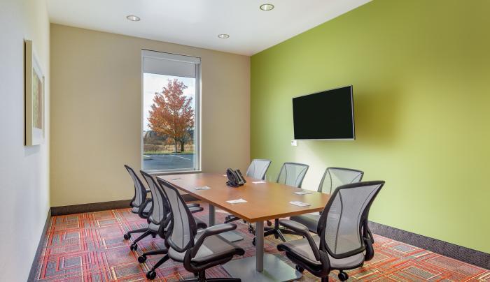 Home2 Boardroom