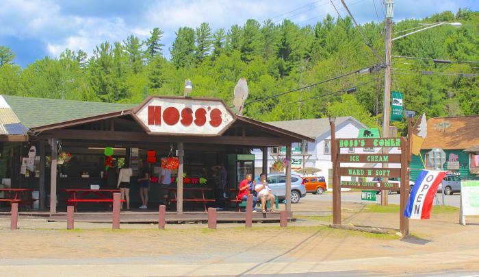 Hoss's Country Corner - Ice Cream, Long Lake, NY