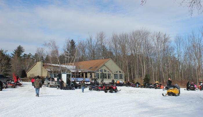 Lanzi's on the Lake Winter
