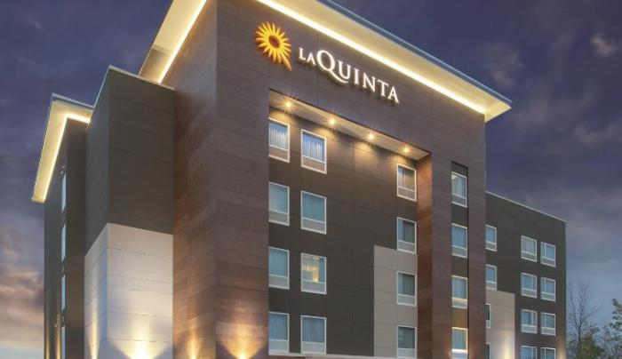 La Quinta Inn & Suites Buffalo Amherst