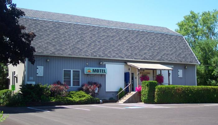 Lake Ontario Motel