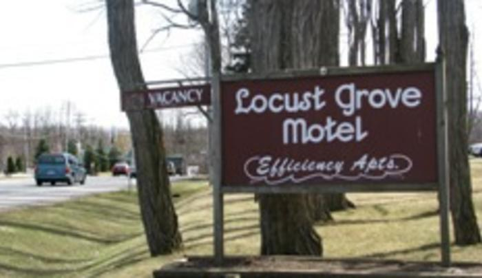 Locust Grove Motel