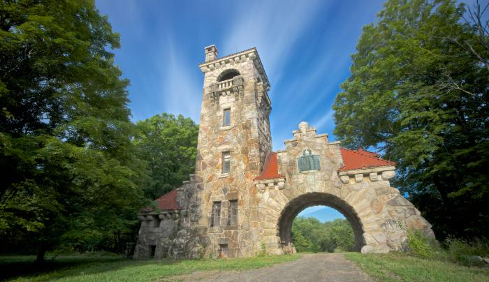Mohonk Preserve Testimonial Gateway - Photo by Michael Neil O'Donnell
