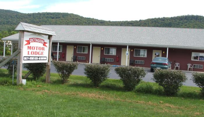 Octagon Motel