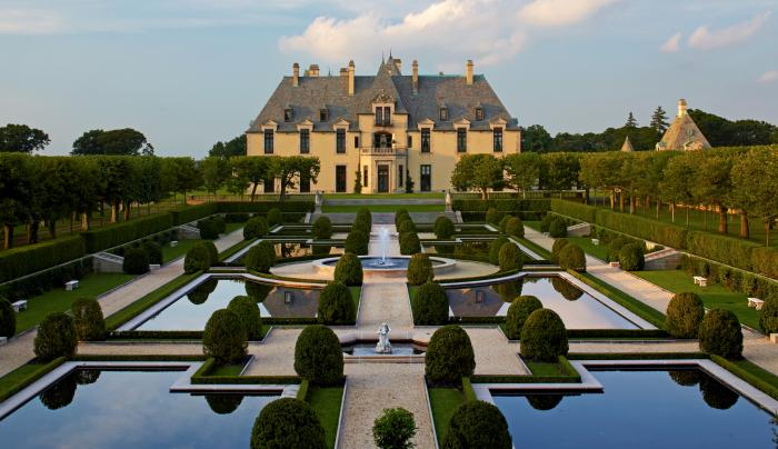 OHEKA CASTLE - Formal Garden View