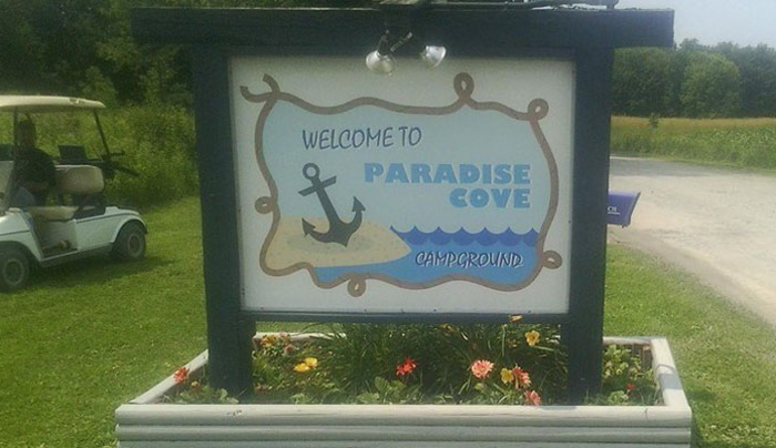 Paradise Cove sign