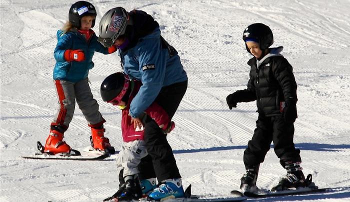 Plattekill kids ski Photo Courtesy of Plattekill Resort