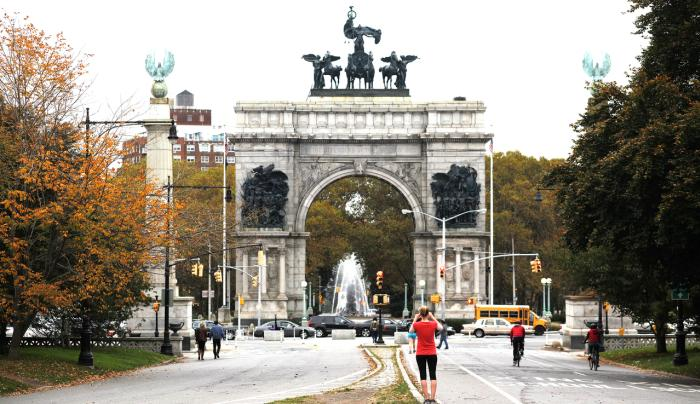 Prospect Park _ Grand Army Plaza _ Photo by Joe Buglewicz _ Courtesy of NYC & CO